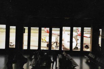 wachten op vliegvelden