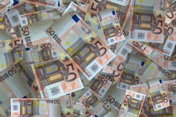 De voorbereiding van een fietsreis - het geld