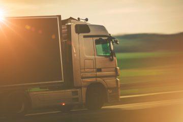 Van Augustow naar Bialystok - Vrachtwagens