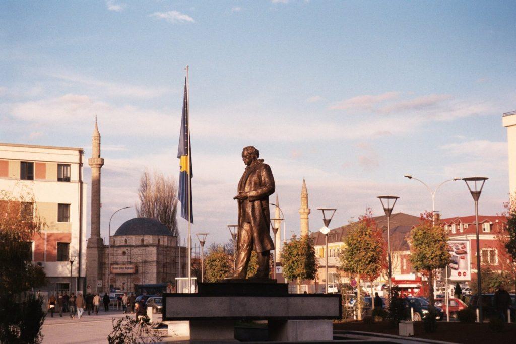 Pristina - Aparte plekken - straatbeeld Pristina
