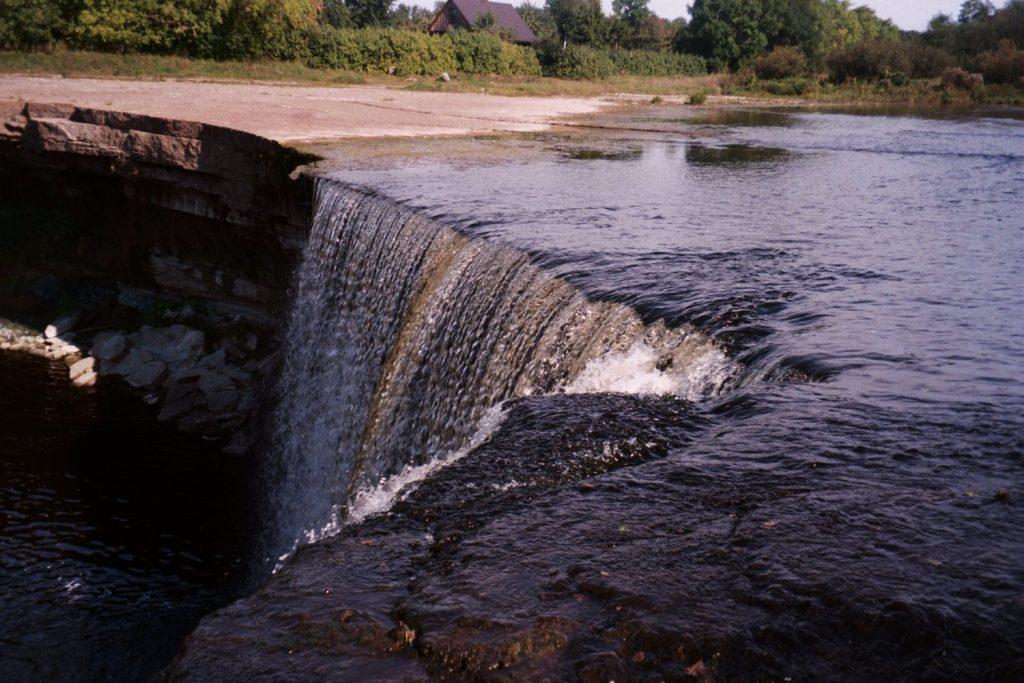 Zomaar een waterval, Ew=stland