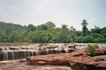 Van Sikasso naar Koloko - Ruimschoots - Chutes de Faroko