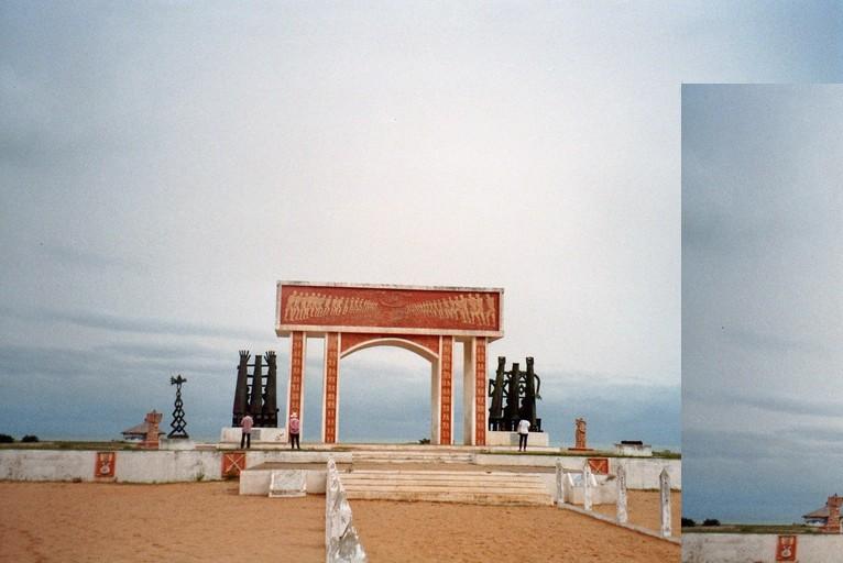 Slavernijmonument in Ouidah, Benin