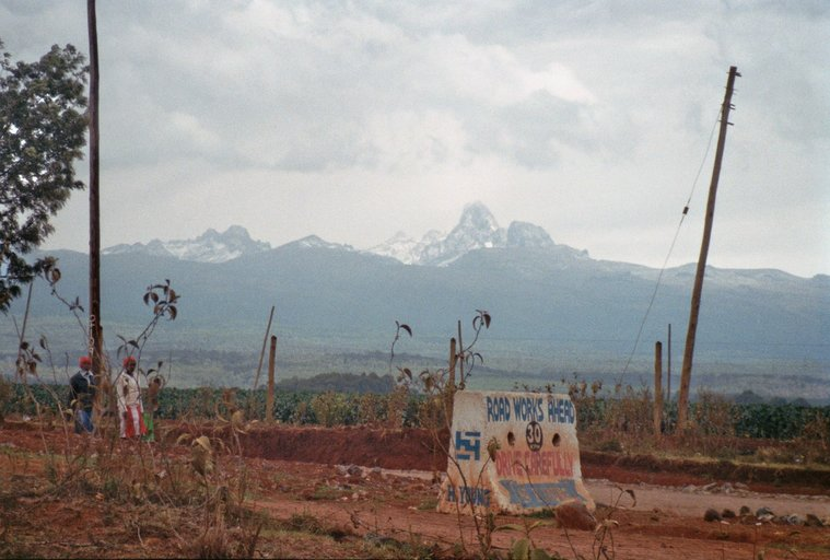 Van Juja naar Nairobi - De A2 - Mount Kenya